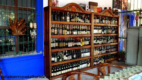 hacienda tequilera corralejo penjamo guanajuato mexico pata de perro museo vino y botella
