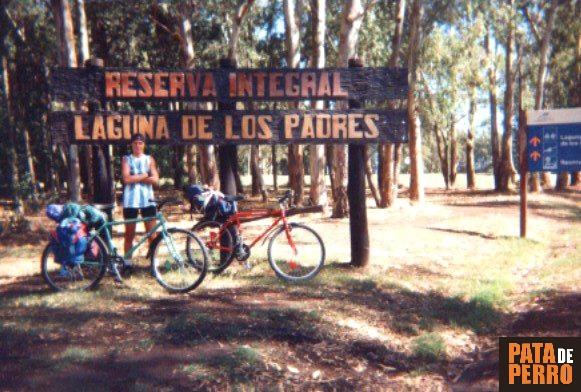 laguna de los padres ruta 226 buenos aires argentina pata de perro