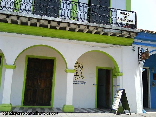 museo agustin lara tlacotapan veracruz mexico pata de perro
