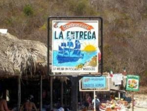 playa-la-entrega huatulco oaxaca mexico