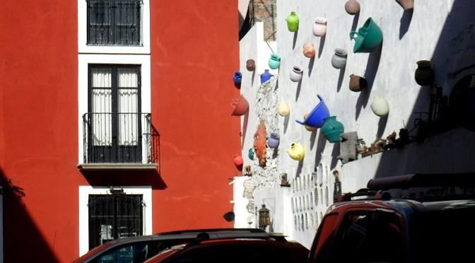 Centro Histórico de Puebla: Caminar mirando hacia arriba
