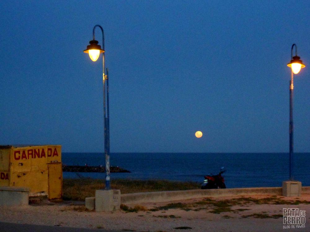 luna en el mar pata de perro blog de viajes 6.JPG