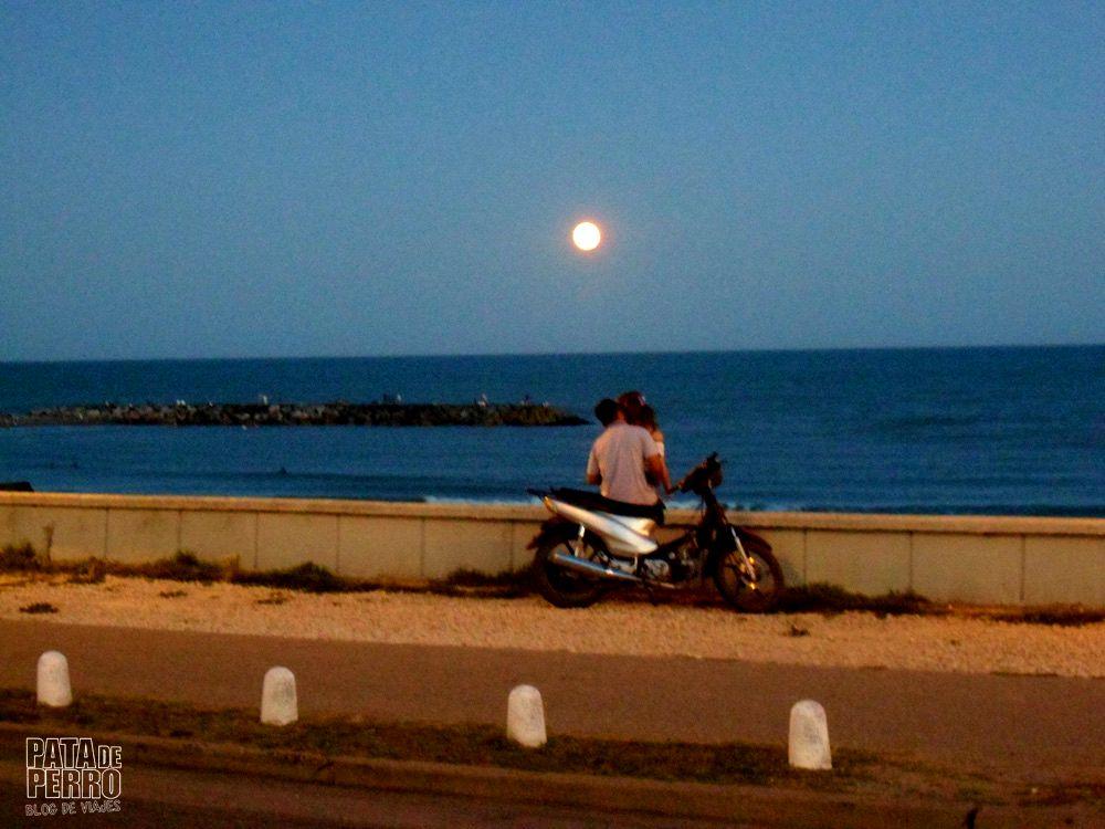 luna en el mar pata de perro blog de viajes 8.JPG