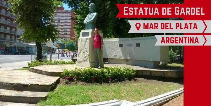 Estatua de Gardel en Mar del Plata
