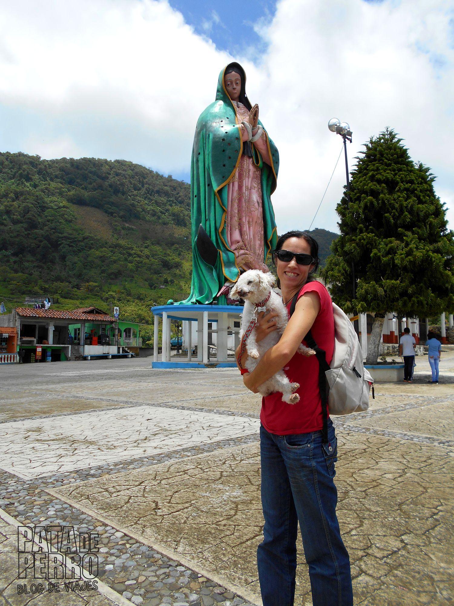 xicotepec puebla con isi virgen gigante mexico pata de perro blog de viajes