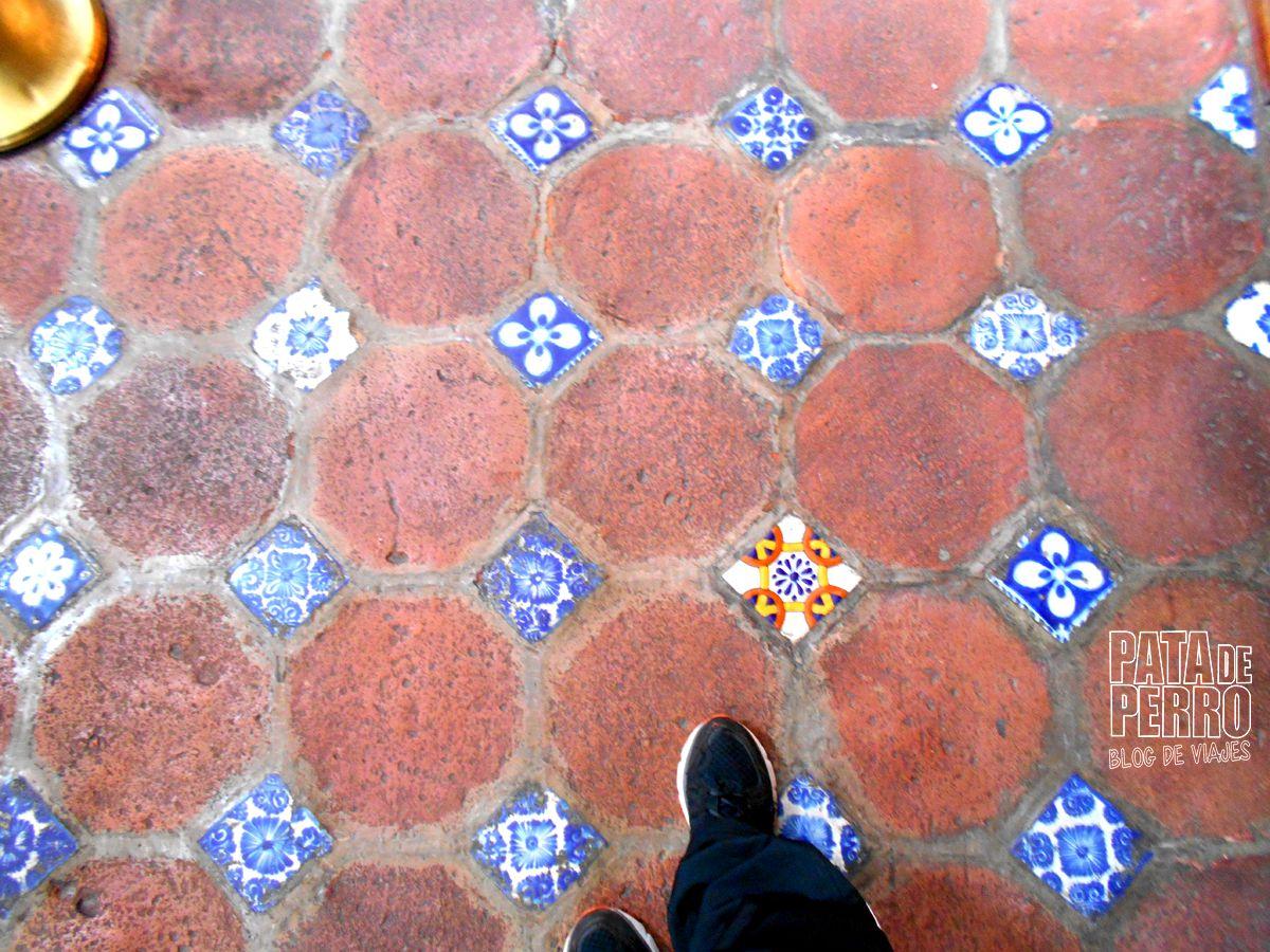 biblioteca-palafoxiana-la-primera-biblioteca-publica-de-america-pata-de-perro-blog-de-viajes-puebla-mexico-07