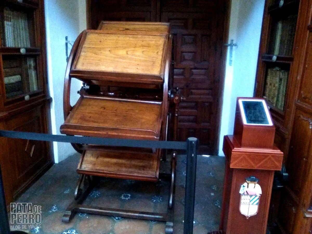 biblioteca-palafoxiana-la-primera-biblioteca-publica-de-america-pata-de-perro-blog-de-viajes-puebla-mexico-12